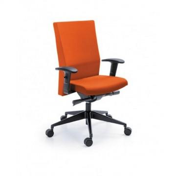Biurowy fotel obrotowy