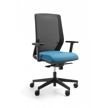 Biurowy fotel obrotowy Milla 102