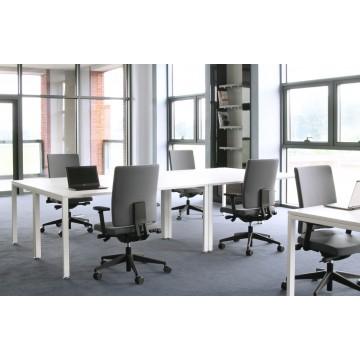 Biurowy fotel obrotowy Mate 102